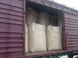 Пеллеты из 100%лузги с Украины грузим на вагоны.