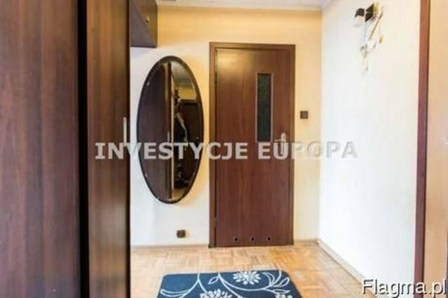 Продается 2-комнатная квартира, 49,3 кв. м.