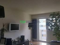 Продается двухкомнатная квартира возле Варшавского медицинского университета